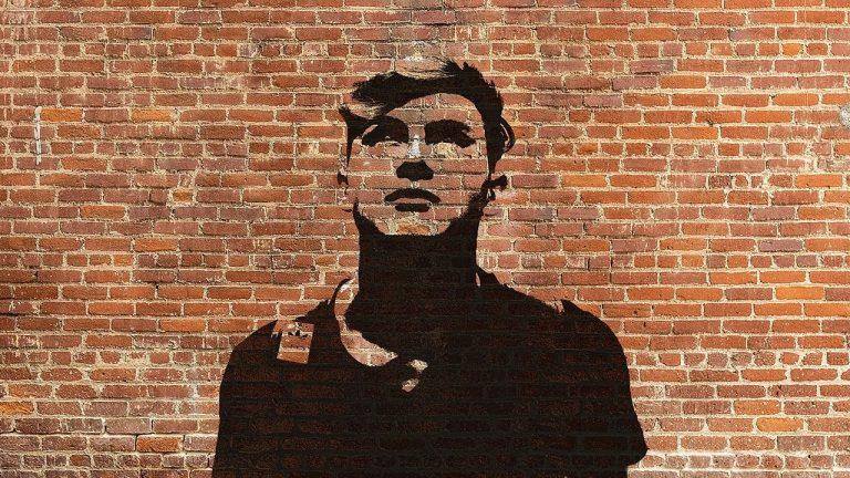 Deep Shaw: Stencil Graffiti